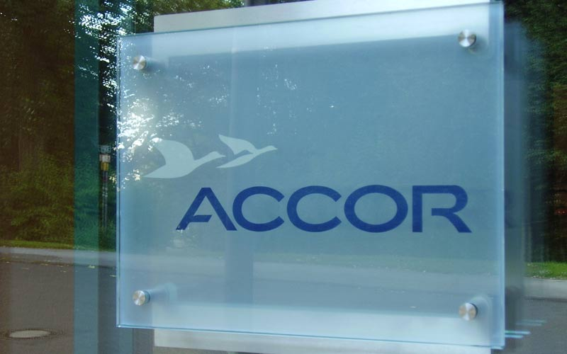 Accor share price falls, the tourism sector worries