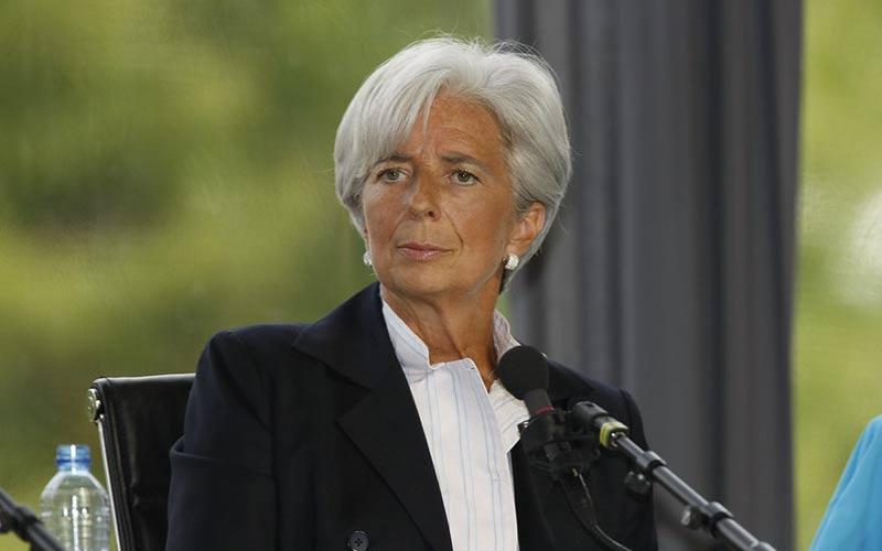 Lagarde chiede all'UE di reagire al drastico calo del PIL