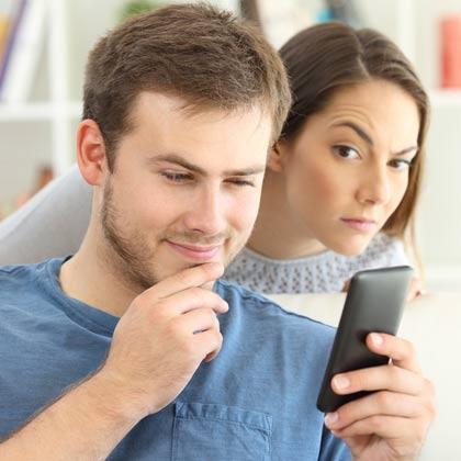 Les logiciels et applications espion pour surveiller un iPhone à distance