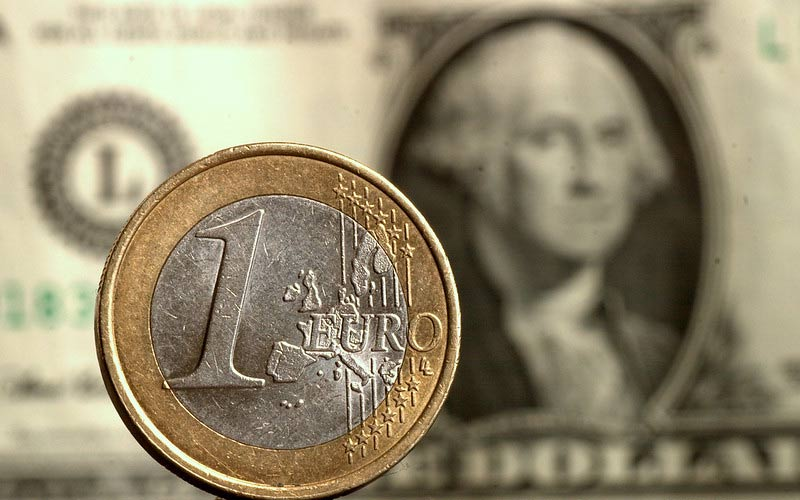 Will the EUR/USD fall below 1.10 pips?