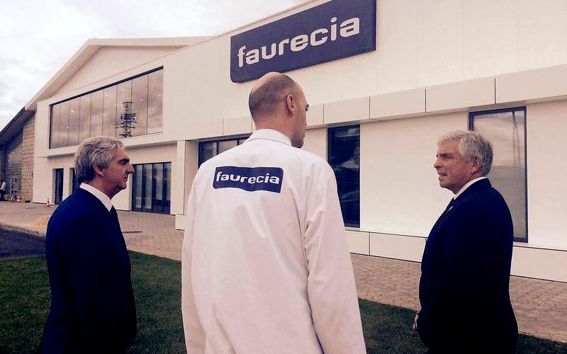 Faurecia se voit soutenu par un relèvement de broker
