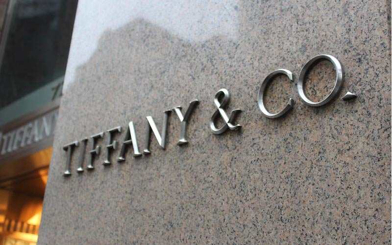 The trial between LVMH and TIFFANY will begin in January 2021