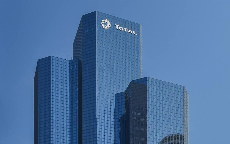 Gli azionisti approvano il cambio di identità di Total